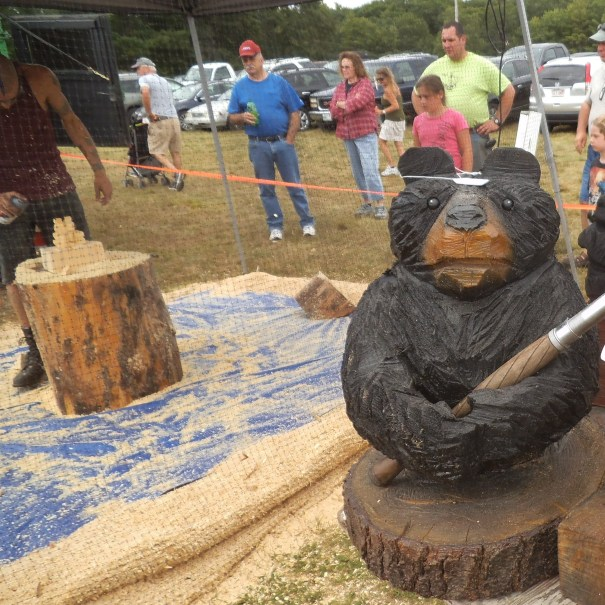 wood scultor at the Acton Fair